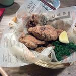 京町食堂 - 骨付き鶏のから揚げ(880円)