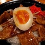 北海道らーめん 月形 - 北の豚丼800円☆