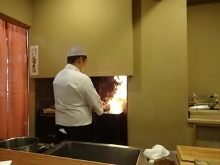 老松 喜多川 - ご主人!藁で炙っておられます