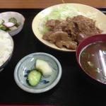 山本屋 - 豚しょうが焼き定食 ¥700