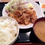 19489189 - 生姜焼き定食