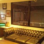 エラドゥーラ - 中崎新店(2階ソファー席)