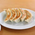 中華料理 永楽 - ギョーザ