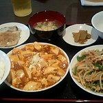中国料理 萬珍酒家 - 品数の多さに満足
