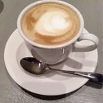 文明堂カフェ - ランチのカフェラテ