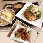 真風 - 五目サラダ冷麺の炒飯セットとからあげ! ボリューム満点満腹丸ランチ!٩(๑❛ᴗ❛๑)۶
