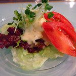 バウワウ - ランチセットのサラダ