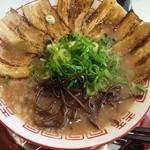 ラーメン 九龍 - 肉増し(780円)