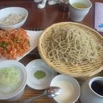 まんげつや - 桜天せいろ(1,200円)+ランチタイムサービスのミニ蕎麦飯&ミルクプリン