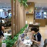カフェ ド ペラゴロ - CAFÈ KO-U-AN 葛西店 広くゆったりした店内