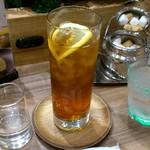 カフェ ド ペラゴロ - CAFÈ KO-U-AN 葛西店 アイスティー(アールグレイ) レモンで