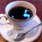 Shirakabekurabu - 優雅な雰囲気でいただく白壁コーヒー