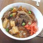 赤煉瓦カフェ ジャズ - 海軍肉じゃが丼 700円