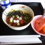 新南愛知カントリークラブ - 2013.06 鮪ビビンバ風のミニ丼(700円くらい?)