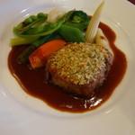 リゾートホテル蓼科 - 料理写真:メイン(科乃豚の香草パン粉焼き)