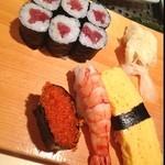 江戸前 びっくり寿司 - 上にぎり