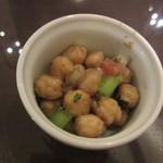 インド料理 想いの木 - 豆サラダ