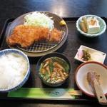 ぽぷら亭 - 料理写真:ロースカツ定食
