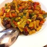 ムカーム - コルマチョップ(短い麺の焼きうどん)