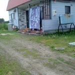19537822 - 畑の中の一軒屋