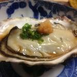 かず味家 - 兵庫産岩牡蠣