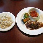 アルボッチョ - 日替りランチ(スープ、サラダ付:950円)