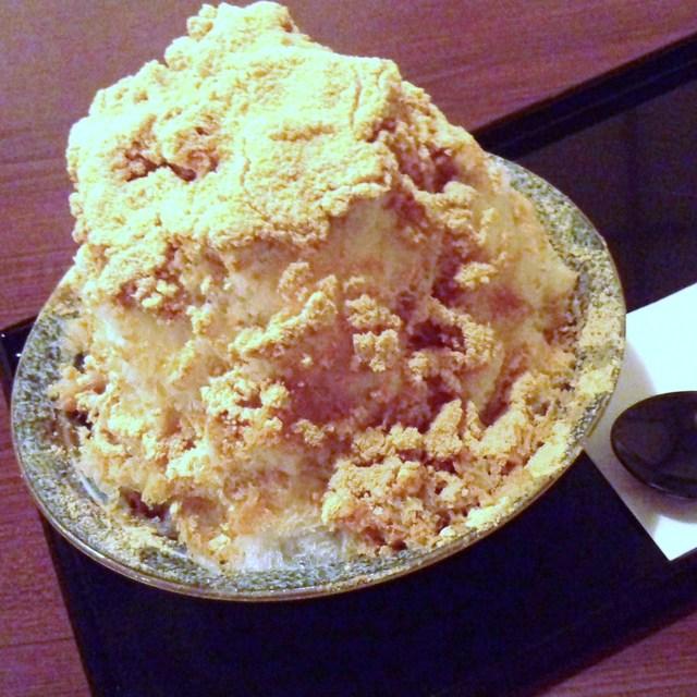 甘味カフェ WARA家 - きな粉黒蜜氷です