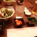 19544651 - 左から野菜サラダ、大根キムチ、牛肉の佃煮