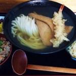 瀬戸内製麺710 - ひやひやきつね+海老天+牛飯(小)