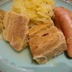 フォーメス - 塩漬け豚肉&ソーセージのキャベツ煮込み