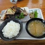 相浜亭 - 煮魚定食