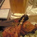 19553043 - 「タンドリーチキン」と「ビール」