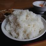 中国家庭料理 誠苑 - ライス。これで普通盛りw 2013.6