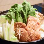 昭和大衆酒場 てくてく屋 - ▲有田鶏の寄せ鍋(写真は3人前の量です)