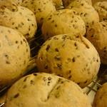 カフェ椿  - 天然酵母パン 亜麻の実