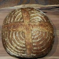 カフェ椿  - 天然酵母パン レーズンパン特大