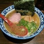 薫 - 煮干しラーメン