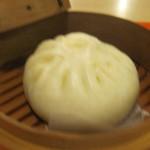 美海宝龍 琉華亭 - セイロ蒸できあがりの肉まん