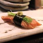 名登利寿司 - とろ づけ炙り