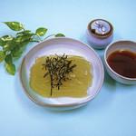 菊屋 - 白糸(三杯酢) つるっとのどごしのよい夏期限定商品。 三杯酢の他、黒みつでもお召上がり頂けます。
