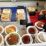 Dai's Deli & Sandwiches -