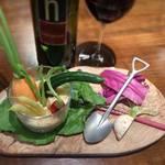 ワイン食堂 根