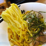 歌志軒 - ツルツルでプリプリの麺