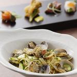 オーヴェスト - パスタ、肉料理、魚料理などア・ラ・カルトも多彩にご用意しております