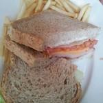 19592674 - 本日のサンドイッチ(ハムチーズ)
