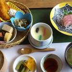 日本料理 いな穂 - お昼限定のおすすめ御膳1000円