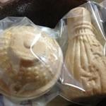 御菓子司 晴月園 - 最中¥210