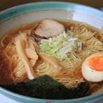 福家 - 醤油ラーメン600円