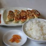 福家 - 餃子半ライスセット