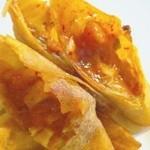 バロンズグリルアンドエルディーケー バロン - エビとキムチの揚げ春巻き